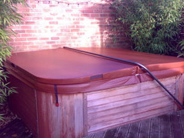Custom made spa hot tub covers
